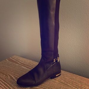 Great condition brown Michael Kors boots!